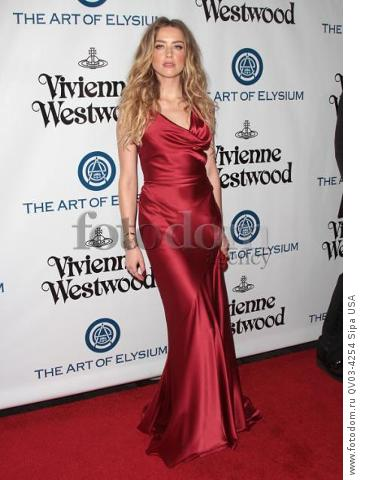Amber Heard attends tThe Art of Elysium's Ninth Annual Heaven Gala held at 3LABS in Los Angeles, CA on January 9th, 2016. (Photo by Adam Orchon) *** Please Use Credit from Credit Field ***