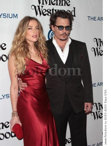 Amber Heard, Johnny Depp attends tThe Art of Elysium's Ninth Annual Heaven Gala held at 3LABS in Los Angeles, CA on January 9th, 2016. (Photo by Adam Orchon) *** Please Use Credit from Credit Field ***