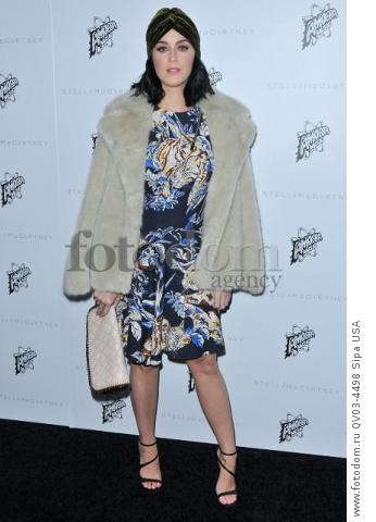 Katy Perry arrives at the Stella McCartney Autumn 2016 Presentation held at Amoeba Music in Los Angeles, CA on Tuesday, January 12, 2016. (Photo By Sthanlee B. Mirador) *** Please Use Credit from Credit Field ***