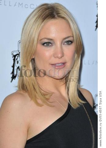 Kate Hudson arrives at the Stella McCartney Autumn 2016 Presentation held at Amoeba Music in Los Angeles, CA on Tuesday, January 12, 2016. (Photo By Sthanlee B. Mirador) *** Please Use Credit from Credit Field ***