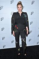Kate Upton arrives at the Stella McCartney Autumn