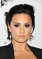 Demi Lovato attends the Stella McCartney Fall 2016