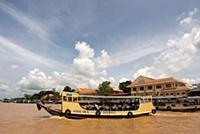 (6/19/2017)  Boat on Mekong river, near My Tho vil
