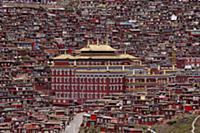 Тибет: самая большая в мире школа буддизма