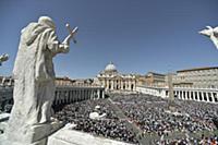 Папа Франциск I на пасхальной мессе в Ватикане, Ит