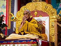 Далай-лама выступает в Канаде
