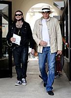 Николас Кейдж с сыном в Лос-Анджелесе