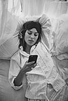 Алекса Чанг выпустила модное смартфон-приложение