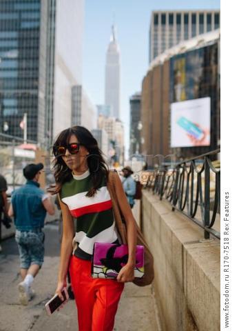 Mandatory Credit: Photo by Liz Devine/WWD/REX Shutterstock (5083791y) Street Style Street Style, Spring Summer 2016, New York Fashion Week, America - 14 Sep 2015