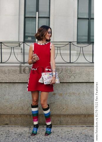 Mandatory Credit: Photo by Liz Devine/WWD/REX Shutterstock (5083791r) Street Style Street Style, Spring Summer 2016, New York Fashion Week, America - 14 Sep 2015