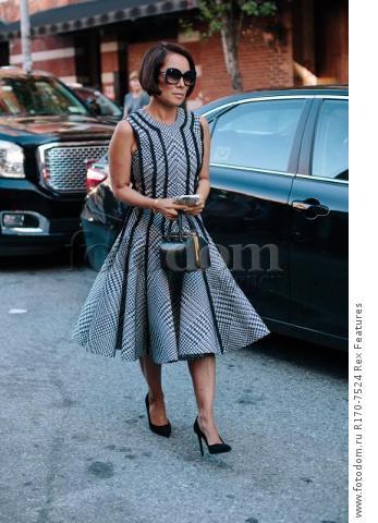 Mandatory Credit: Photo by Liz Devine/WWD/REX Shutterstock (5083791x) Street Style Street Style, Spring Summer 2016, New York Fashion Week, America - 14 Sep 2015