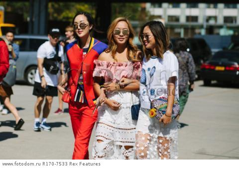 Mandatory Credit: Photo by Liz Devine/WWD/REX Shutterstock (5083791n)
