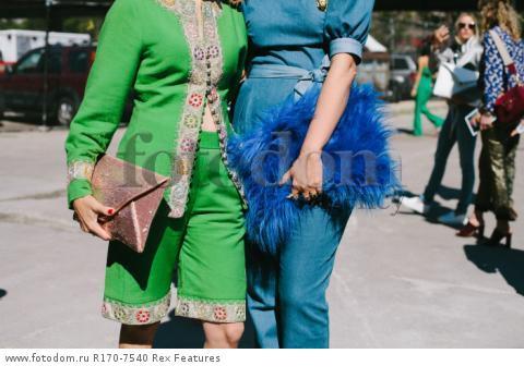 Mandatory Credit: Photo by Liz Devine/WWD/REX Shutterstock (5083791o) Street Style Street Style, Spring Summer 2016, New York Fashion Week, America - 14 Sep 2015