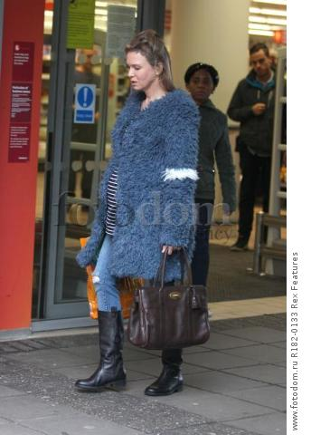 Mandatory Credit: Photo by Beretta/Sims/REX Shutterstock (5225179u)