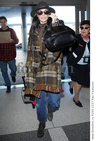 Mandatory Credit: Photo by Broadimage/REX Shutterstock (5470221e)