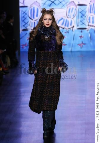 Mandatory Credit: Photo by Amy Sussman/WWD/REX/Shutterstock (8377423a) Gigi Hadid on the catwalk Anna Sui show, Runway, Fall Winter 2017, New York Fashion Week, USA - 15 Feb 2017