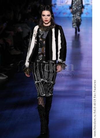 Mandatory Credit: Photo by Amy Sussman/WWD/REX/Shutterstock (8377423o) Kendall Jenner on the catwalk Anna Sui show, Runway, Fall Winter 2017, New York Fashion Week, USA - 15 Feb 2017