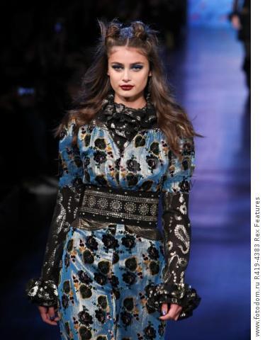 Mandatory Credit: Photo by Amy Sussman/WWD/REX/Shutterstock (8377423ak) Taylor Hill on the catwalk Anna Sui show, Runway, Fall Winter 2017, New York Fashion Week, USA - 15 Feb 2017