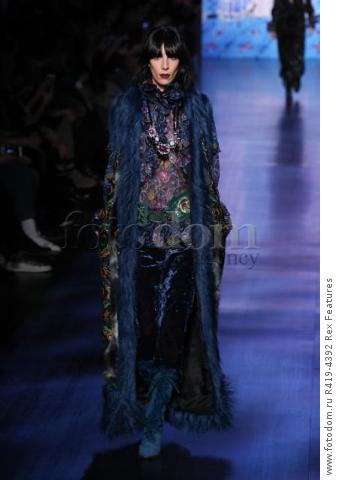 Mandatory Credit: Photo by Amy Sussman/WWD/REX/Shutterstock (8377423at)