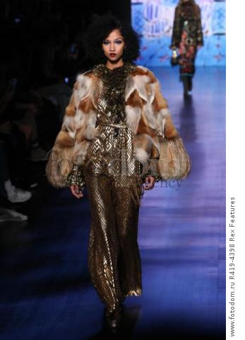 Mandatory Credit: Photo by Amy Sussman/WWD/REX/Shutterstock (8377423az)