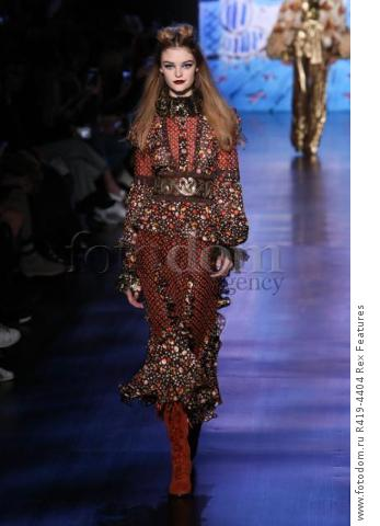 Mandatory Credit: Photo by Amy Sussman/WWD/REX/Shutterstock (8377423bf)