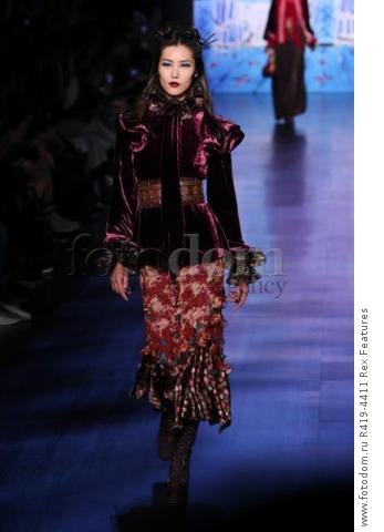 Mandatory Credit: Photo by Amy Sussman/WWD/REX/Shutterstock (8377423bm) Model on the catwalk Anna Sui show, Runway, Fall Winter 2017, New York Fashion Week, USA - 15 Feb 2017