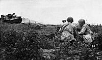 World war 2, soviet anti-tank riflemen who disable