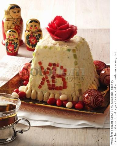 Passcha cake with cottage cheese and almonds on serving dish