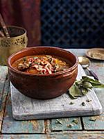 Tagine with liver, bacon and vegetables (North Afr