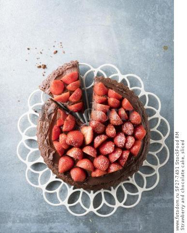 Strawberry and chocolate cake, sliced
