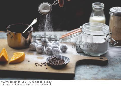 Orange truffles with chocolate and vanilla