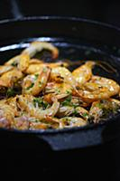 Grilled shrimps with parsley