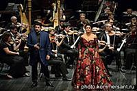Оперные певцы Анны Нетребко (справа) и Юсифа Эйваз