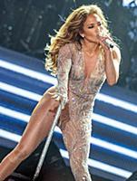 Американская певица и актриса Дженифер Лопес во вр