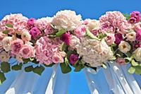 wedding bouquet, view from below