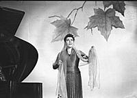 Кадр из фильма: 'Карнавальная ночь', (1956).