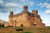 Замок Мансанарес эль-Реал (Castillo de Manzanares
