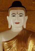 Золото для Будды, Мьянма, 2009. На фото: позолочен