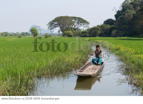 MYANMAR / Kayin State / Hpa-an / Narrow channel through paddies near Saddar CaveВ© Mario Weigt / Anzenberger