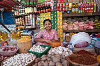 MYANMAR / Mon State / Mawlamyaing / Grocery in the
