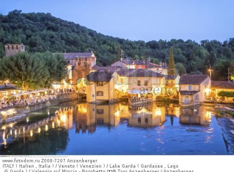ITALY ( Italien , Italia ) / Veneto ( Venezien ) / Lake Garda ( Gardasee , Lago di Garda ) / Valeggio sul Mincio - Borghetto   © Toni Anzenberger / Anzenberger