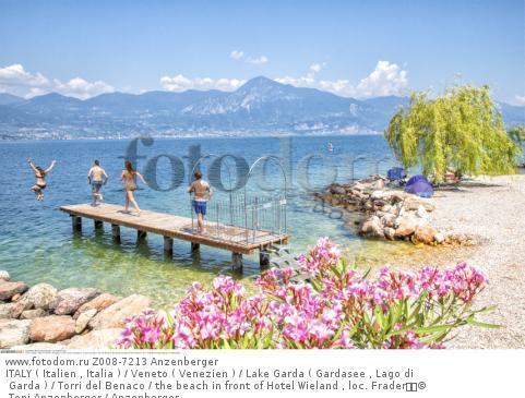 ITALY ( Italien , Italia ) / Veneto ( Venezien ) / Lake Garda ( Gardasee , Lago di Garda ) / Torri del Benaco / the beach in front of Hotel Wieland , loc. Frader  © Toni Anzenberger / Anzenberger