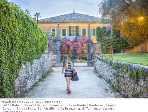ITALY ( Italien , Italia ) / Veneto ( Venezien ) / Lake Garda ( Gardasee , Lago di Garda ) / Garda / Punta San Virgilio , Villa Brenzone  © Toni Anzenberger / Anzenberger