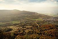 View vom Breitenstein Rock towards Teck castle, mi