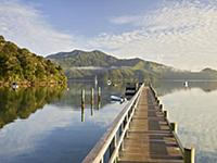 Footbridge, Ngakuta Bay, Marlborough, South Island