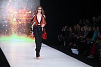 Показ коллекции Юлии Далакян. Mercedes-Benz Fashio