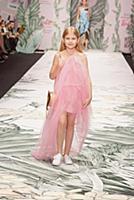 Показ Alena Akhmadullina for Barbie. 'Mercedes-Ben