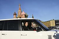 Знаменитости на тест-драйве Land Rover