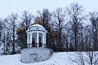 Губернаторская беседка-ротонда. Россия, Ярославль.