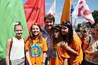Благотворительная акция Первого канала «Стань первым»